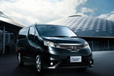【日産NV200バネットの要点8選】実燃費からカスタムやキャンピングカーの評価も
