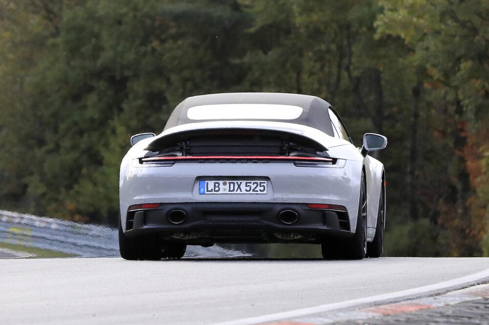 ポルシェ 911 GTS コンバーチブル スパイショット リア