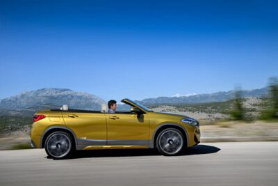 BMW 新型X2カブリオレも登場!SUVオープンカーの価格やスペック・発売日は?