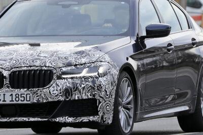 BMW 5シリーズ セダン新型テスト車両をスクープ!顔つきとお尻が変わる