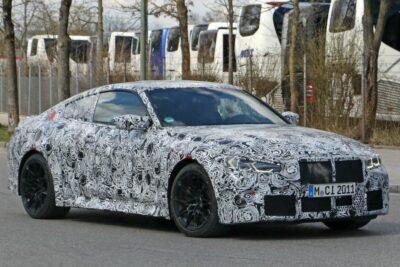 次期新型BMW M4クーペをスクープ!フルモデルチェンジで何が変わる?