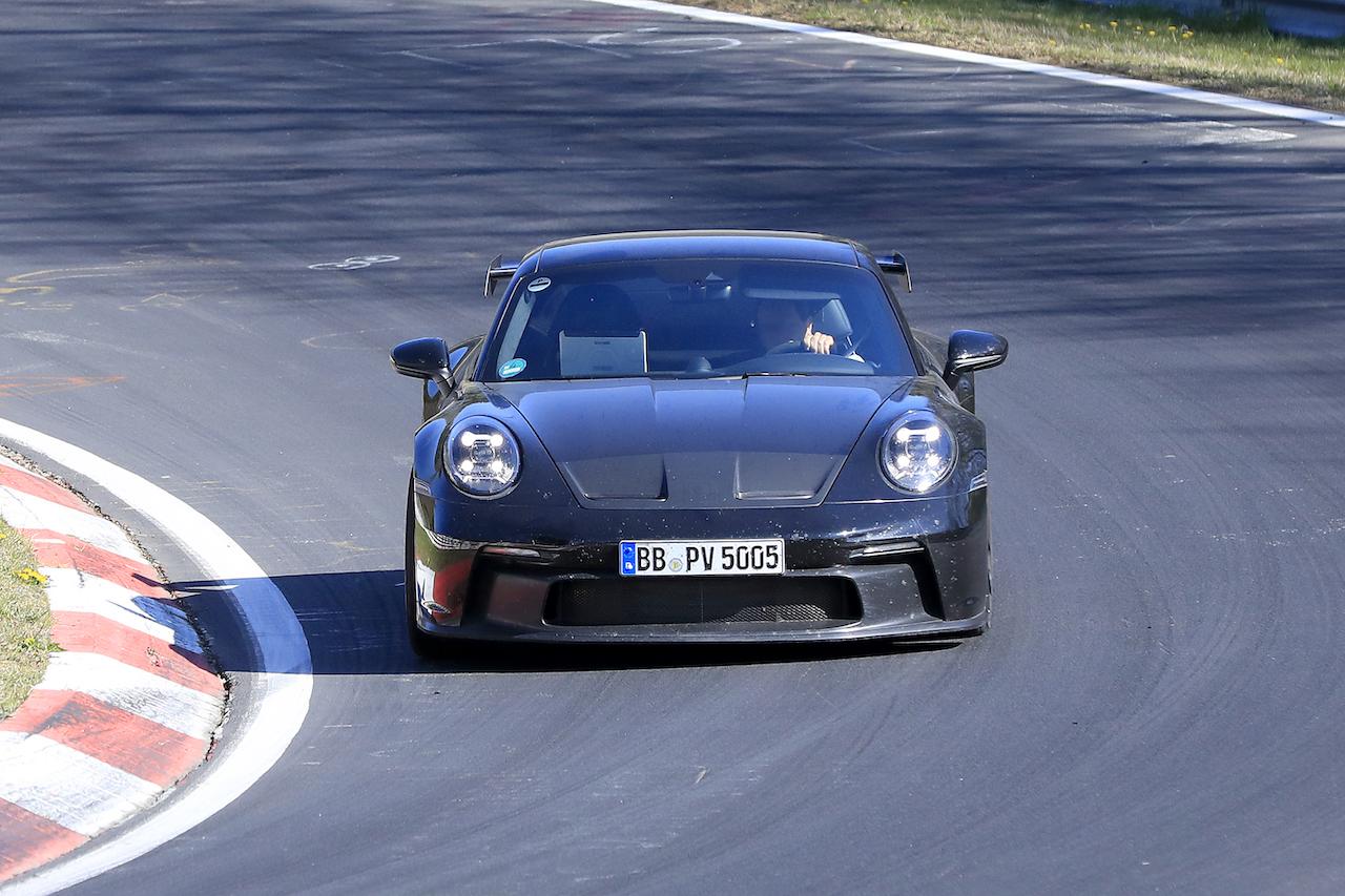 次期新型ポルシェ 911 GT3 プロトタイプ スパイショット フロント