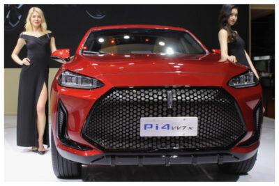 【上海モーターショー現地レポート】堂々たるパクり車!何かおかしい美人コンパニオンも