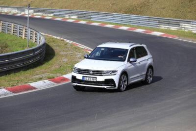新型VW ティグアン R をスクープ!330馬力のスポーツSUV