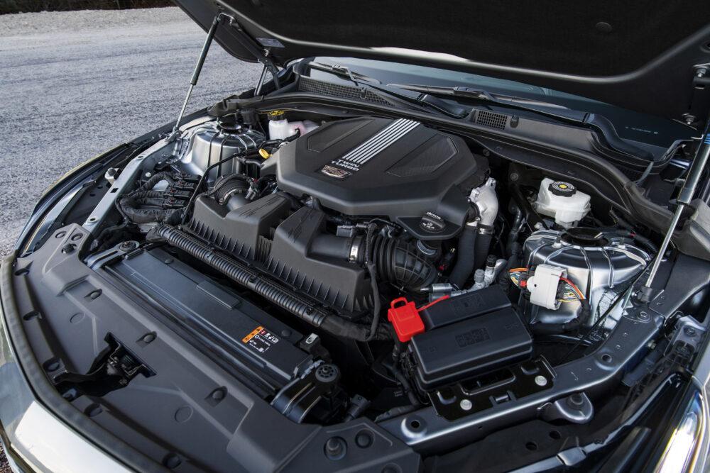 新型キャデラック CT5 ラグジュアリーモデルのエンジンルーム