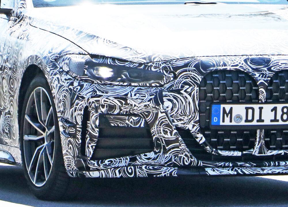 次期新型BMW 4シリーズ Mパフォーマンス スパイショット フロント部拡大