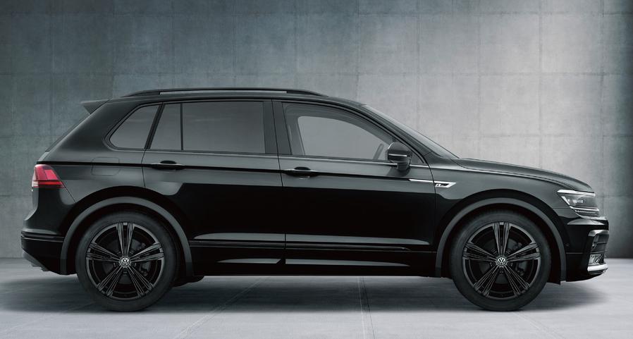 フォルクスワーゲン ティグアン 特別仕様車 Black Style(Rライン ブラックスタイル)ボディーカラー:ディープブラックパールエフェクト