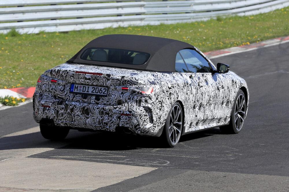 次期新型BMW 4シリーズ・カブリオレのスパイショット リア