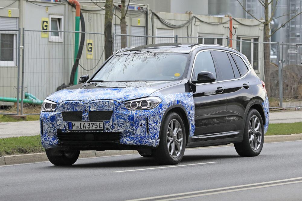 新型EV・SUV「BMW iX3」市販型プロトタイプをスクープ!発売は年内か