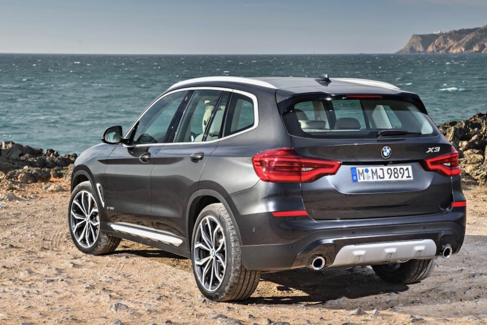 BMW X3 現行モデル リア