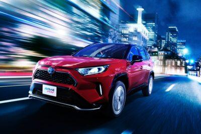 国産最速SUVか!トヨタ RAV4にPHVを追加、0-100km/h加速は6.0秒