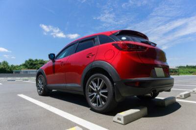 夏の車内を一気に冷ます方法&暑さ対策グッズまとめ|定番からプロの裏技まで