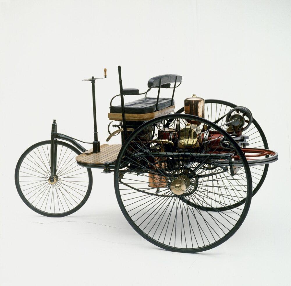 ダイムラー・パテントモトールヴァーゲン(1889年)