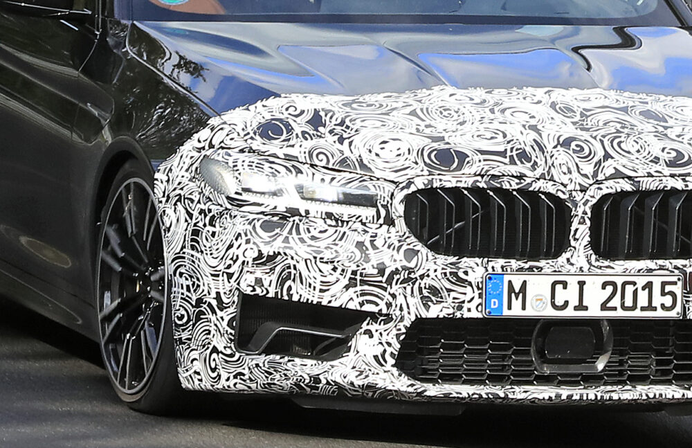 改良新型BMW M5 プロトタイプ スパイショット フロントグリル拡大