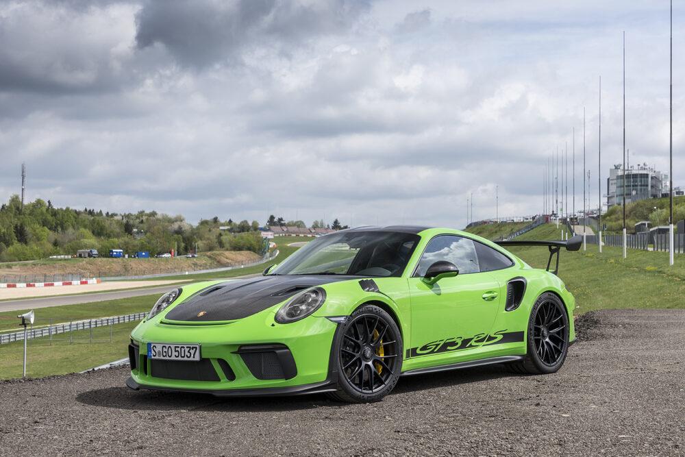 911型 ポルシェ 911 GTS RS 現行モデル