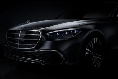 次期新型メルセデス・ベンツ Sクラスを公式に一部公開!右ハンドル車のスクープも