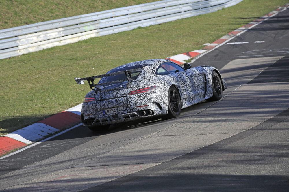 新型メルセデスAMG GT R ブラックシリーズ プロトタイプ スパイショット リア
