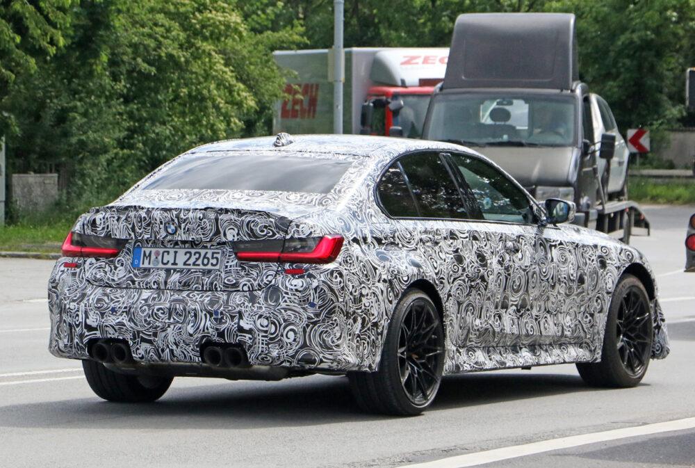 次期新型BMW M3 CS プロトタイプ スパイショット リア・ボディサイド