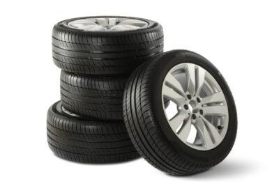 【ミニバン用タイヤ】人気おすすめ8選と選び方|専用タイヤが安心の理由は?