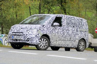 VWのミニバン新型T7、アルプスの山奥で修行中のプロトタイプをスクープ!