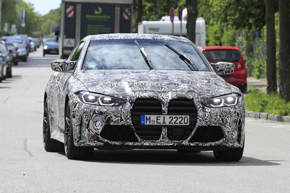 次期新型BMW M4クーペ プロトタイプ スパイショット フロントマスク