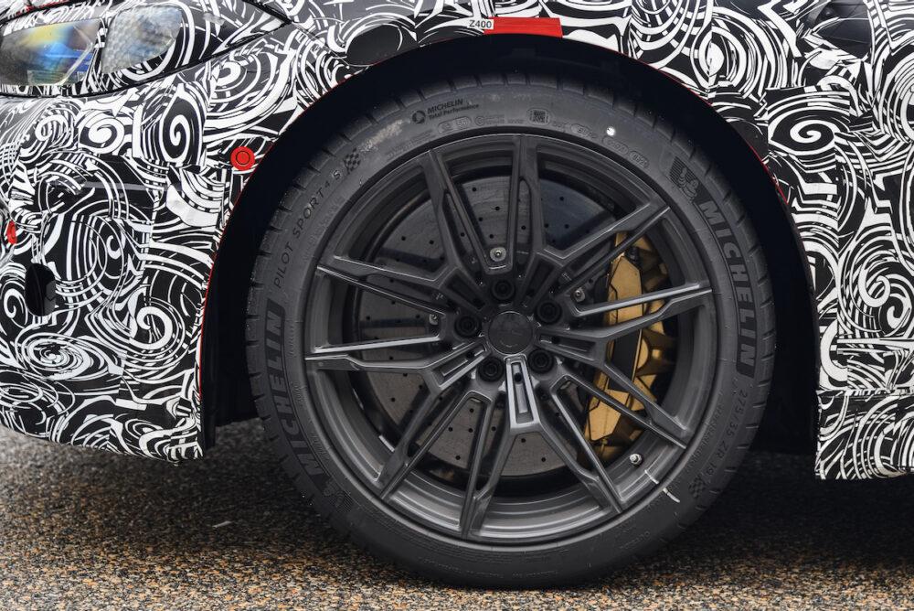 次期新型 BMW M4 公式リーク ホイール