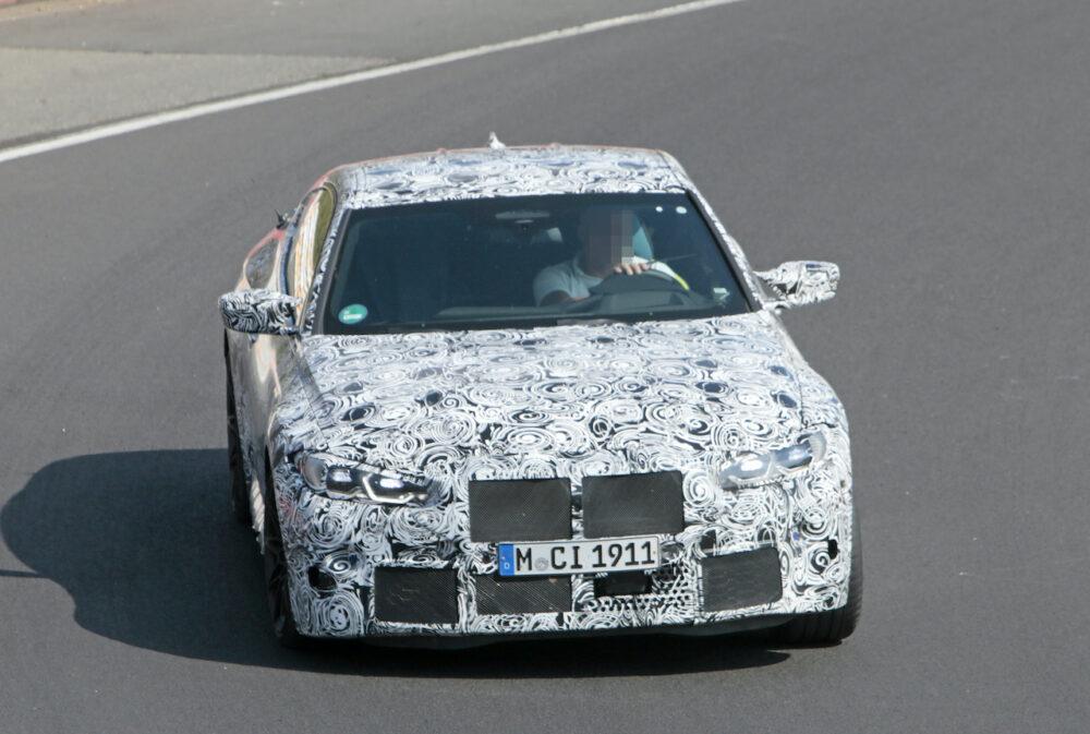 次期新型BMW M4クーペ プロトタイプ スパイショット フロント