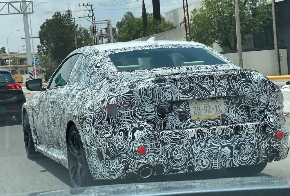 次期新型BMW 2シリーズ クーペ プロトタイプ スパイショット リア