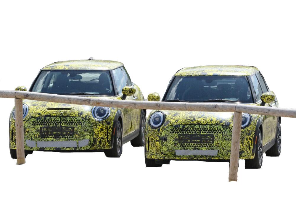 改良新型MINI クーパーS プロトタイプ スパイショット 2台。フロント