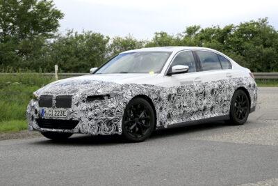 新型BMW 3シリーズ ピュアEVプロトタイプをスクープ!i3の車名はどうなる?