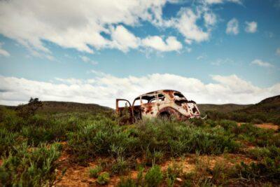 普通車と軽自動車の廃車手続き|事故車や不動車も売却できる?