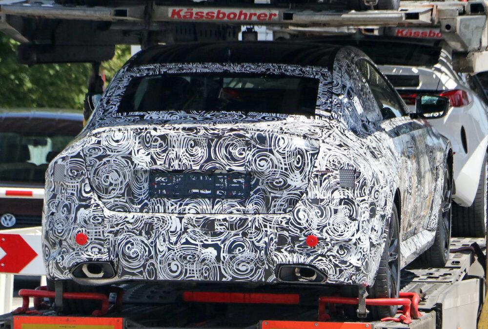 BMWの次世代ピュアEV「i4」に採用予定の「フラッシュマウント・ドアハンドル」 リア