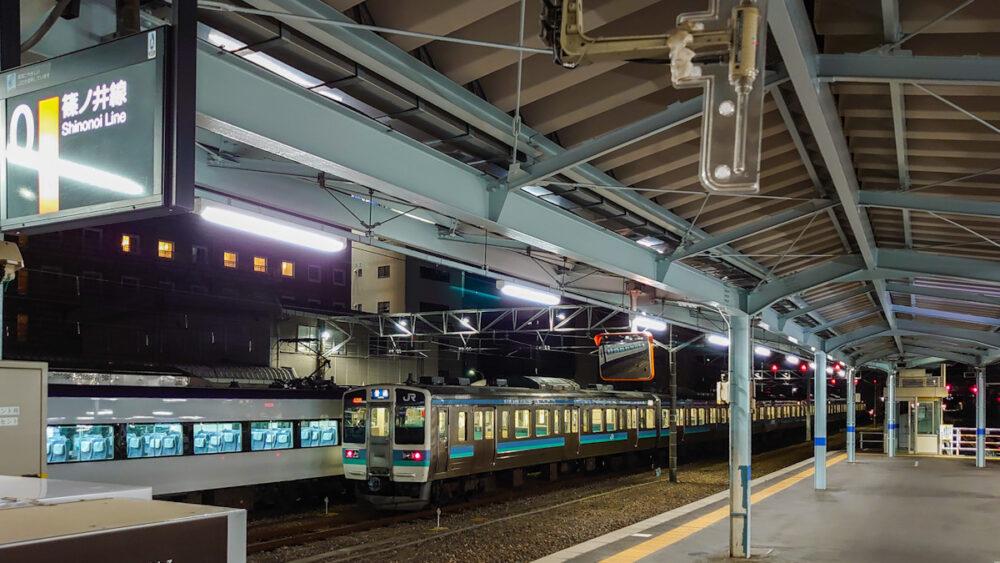 松本駅 0番線