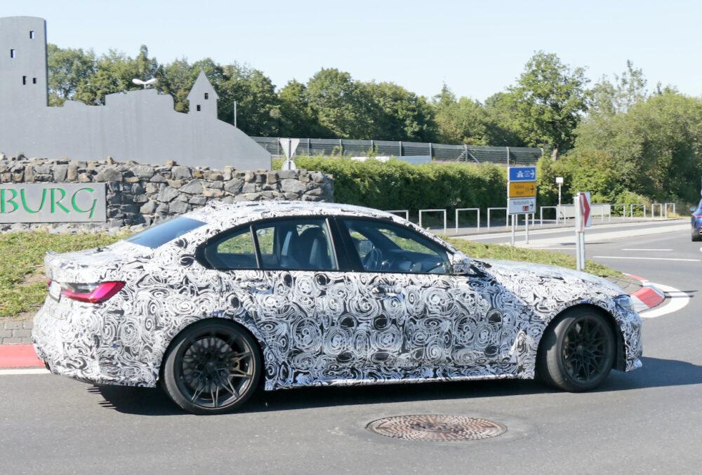 次期新型 BMW M3プロトタイプ スパイショット ボディサイド