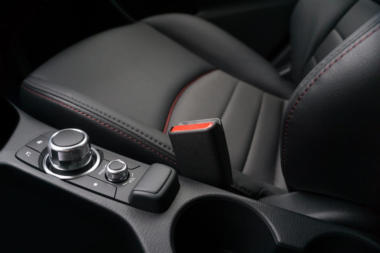 本革シートのお手入れ方法とおすすめシートクリーナーランキング ナッパレザーの注意点は?