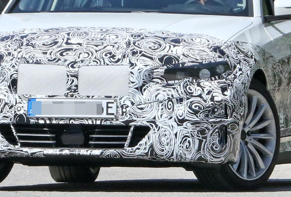 新型 BMW 3シリーズ(i3)プロトタイプ スパイショット キドニーグリル