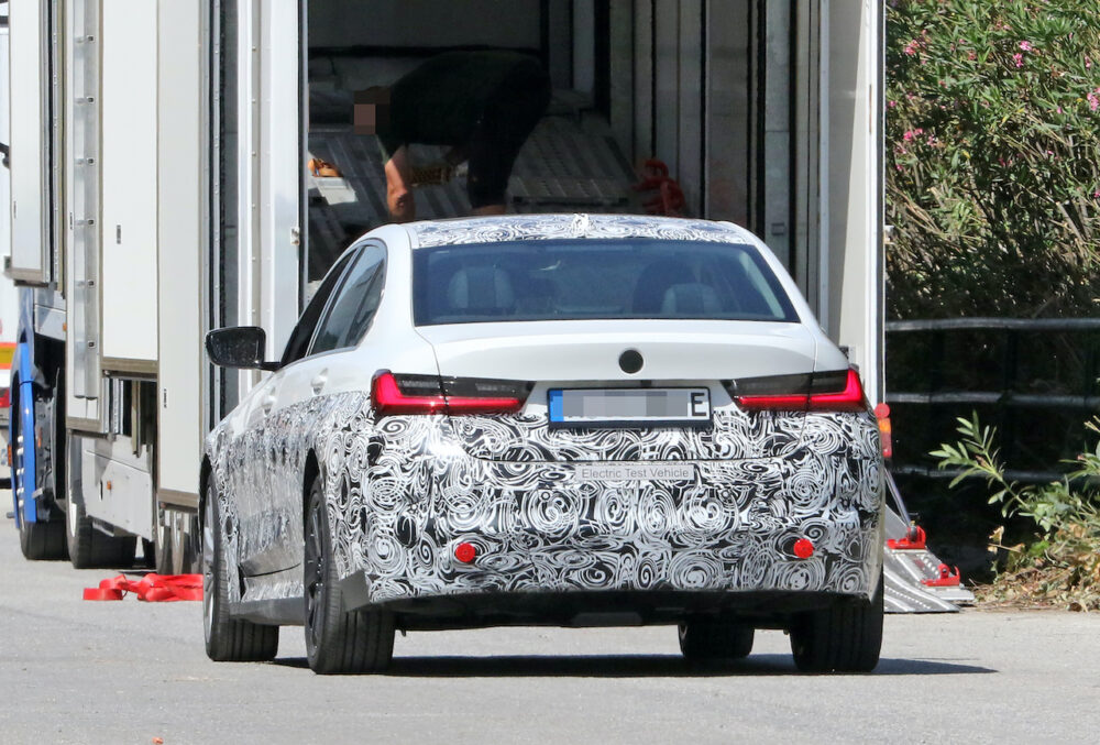 新型 BMW 3シリーズ(i3)プロトタイプ スパイショット リア
