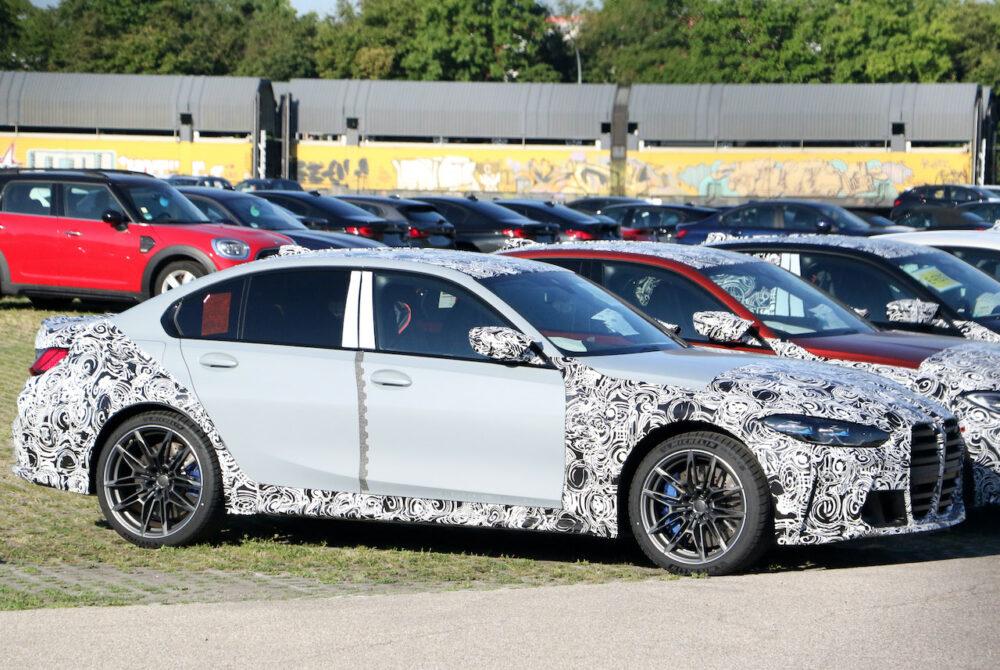 次期新型 BMW M3 プロトタイプ ボディサイド