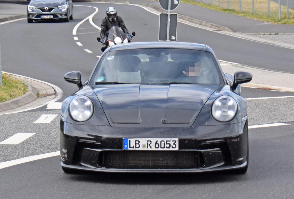 新型ポルシェ 911 GT3ツーリング プロトタイプ スパイショット フロント