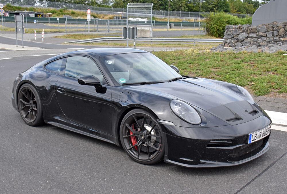 新型ポルシェ 911 GT3ツーリング プロトタイプ スパイショット フロントサイド