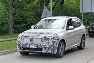 新型BMW X3 大幅改良!SUVも巨大キドニーグリルを採用か