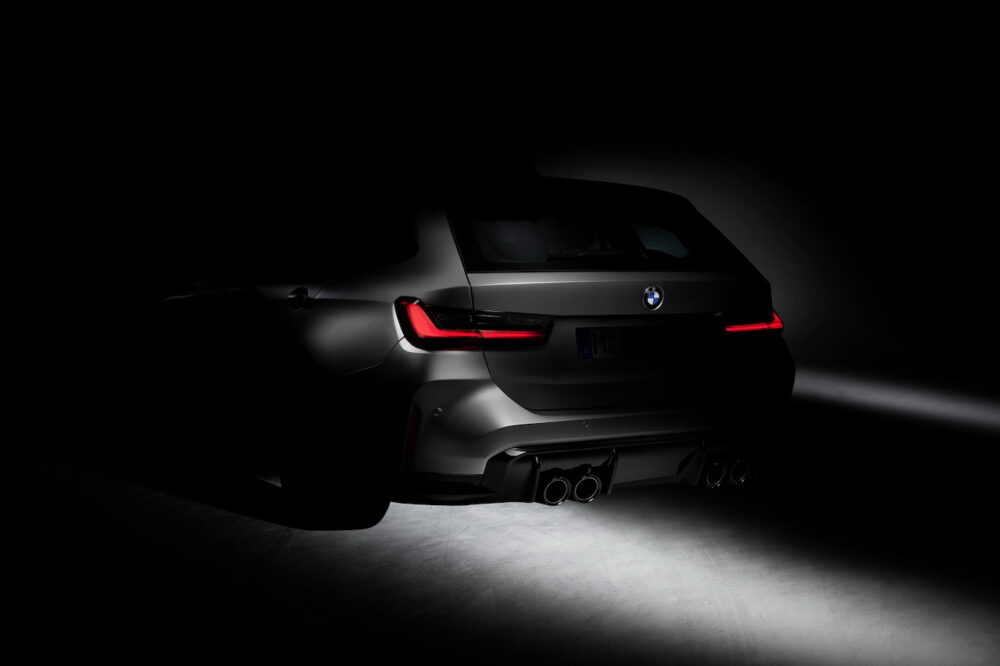 BMW M3ツーリング 公式ティザー画像