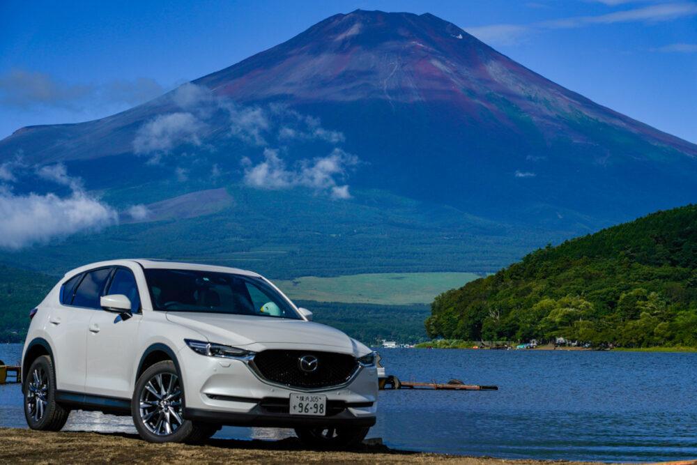 マツダ CX-5  山中湖と富士山