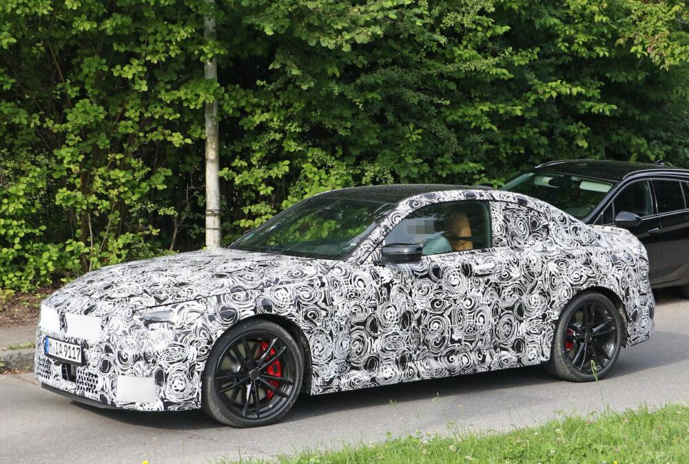 次期新型BMW 2シリーズクーペ プロトタイプ スパイショット フロントサイド
