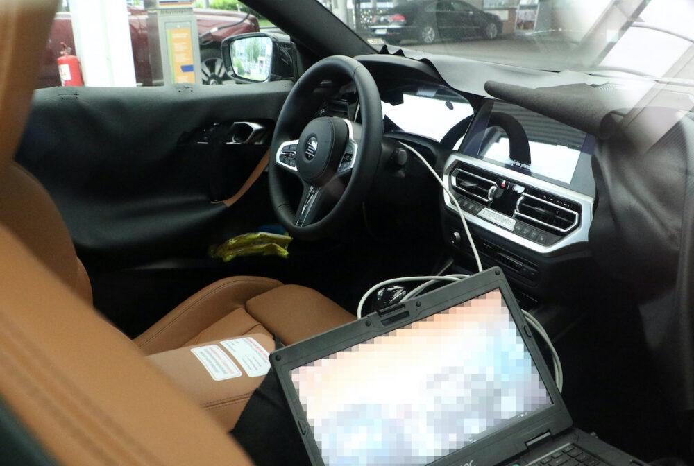 次期新型BMW 2シリーズクーペ プロトタイプ スパイショット インテリア