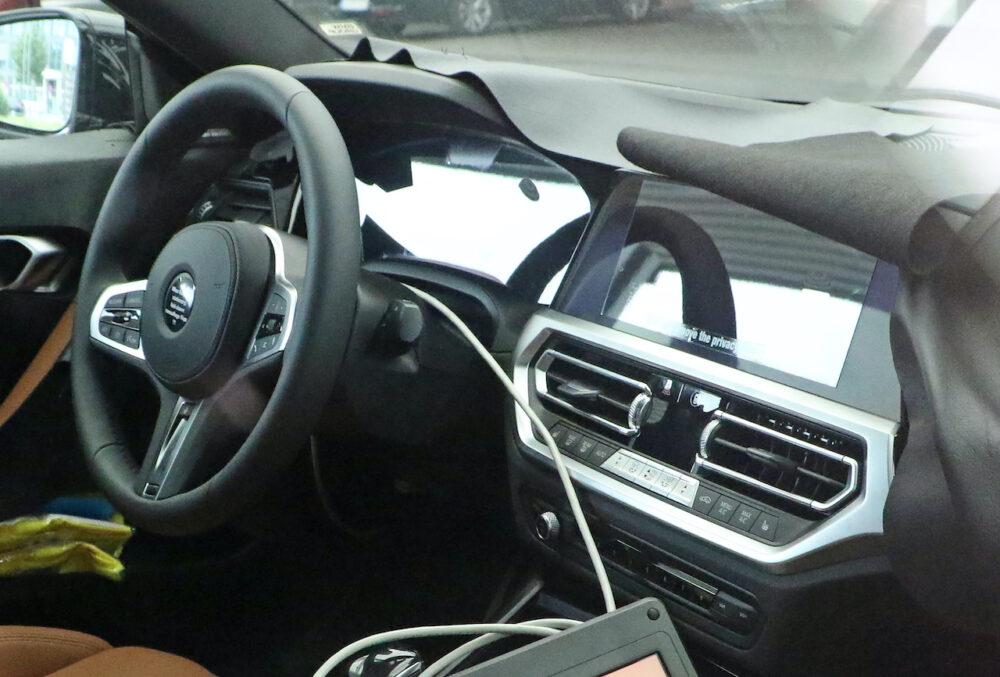 次期新型BMW 2シリーズクーペ プロトタイプ スパイショット インテリア拡大