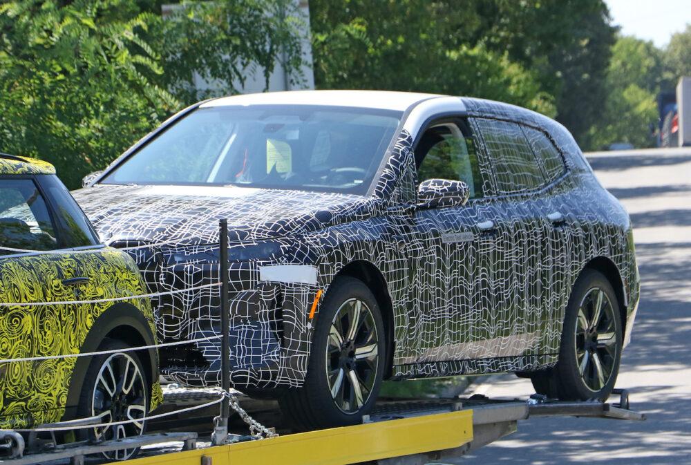 次期新型 BMW iX5 プロトタイプ スパイショット フロントサイド
