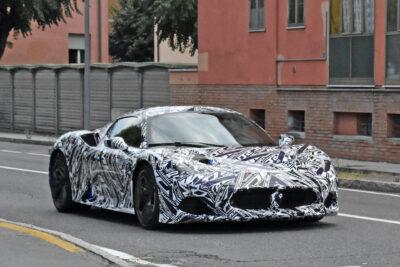 マセラティ新型「MC20」スーパーカーがデビューへ!フェラーリF430風のヘッドライトを装備