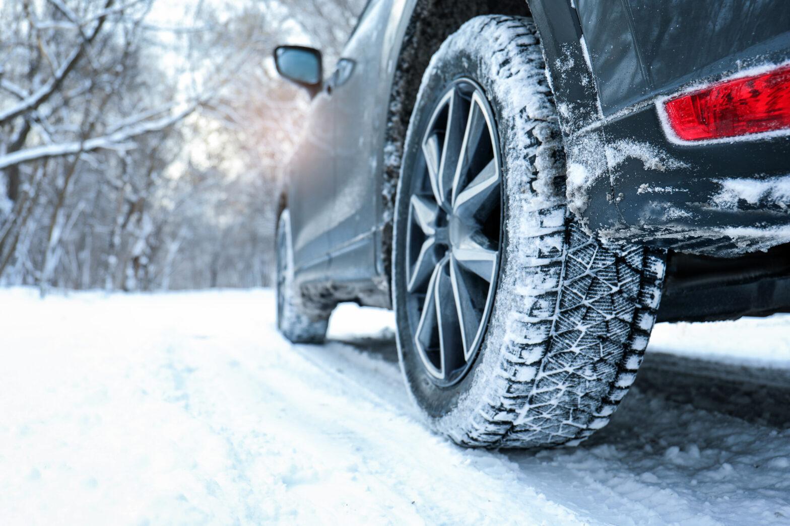 スタッドレスタイヤ(冬タイヤ)のおすすめ人気ランキングTOP10|2020年最新情報
