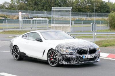 BMWが謎の新型ミッドシップ・スーパーカーを開発中か!正体不明8シリーズをスクープ!